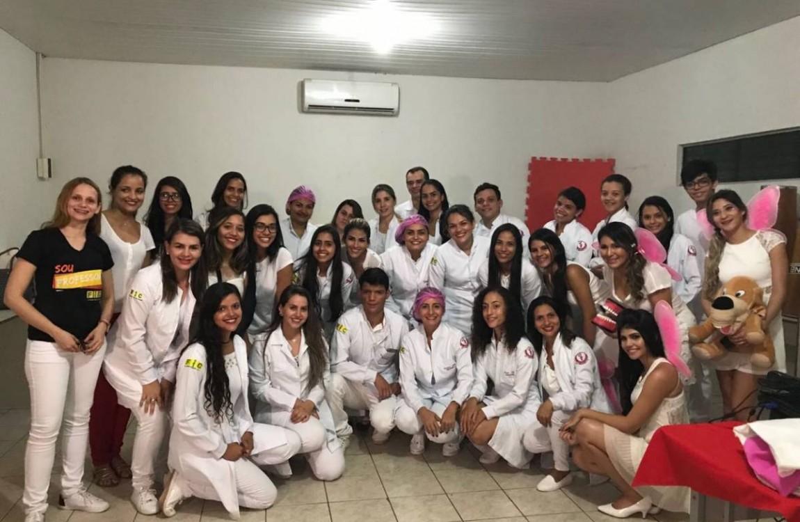 Alunos de Odontologia da FIC visitaram a Escola Professor Dias