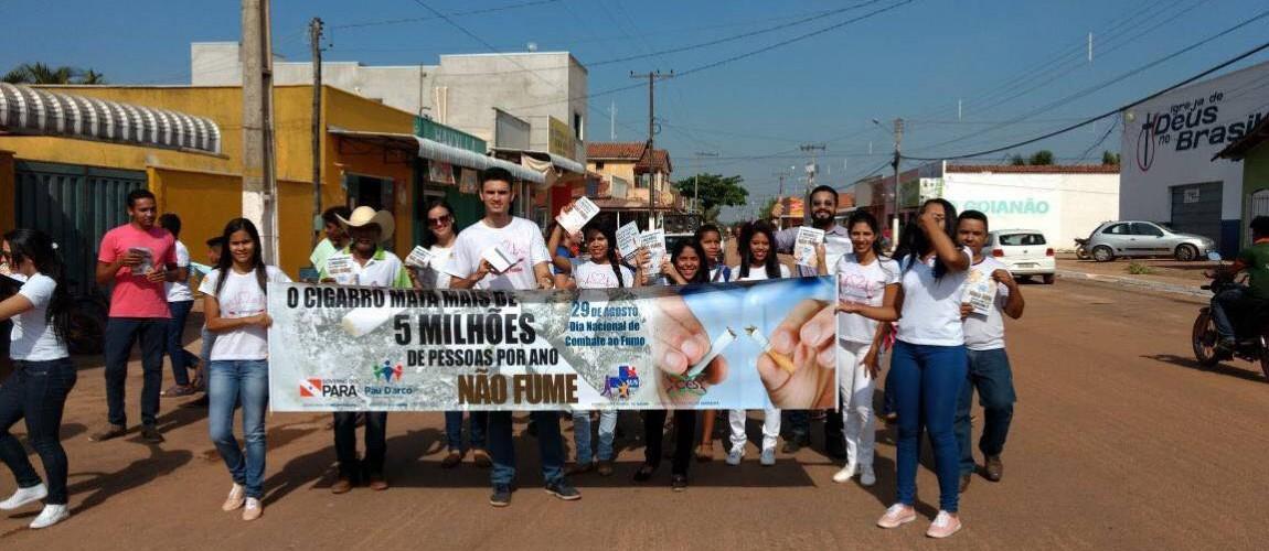 Alunos de Enfermagem da FIC participaram de mobilização ao Dia Nacional de Combate ao Fumo
